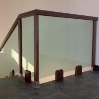 BLS-05 Balustrada din sticla cu lemn